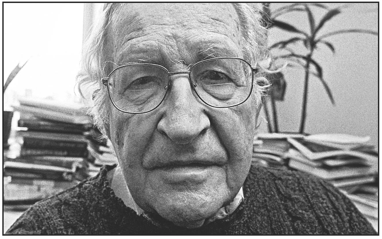 Noam Chomsky, 2013.