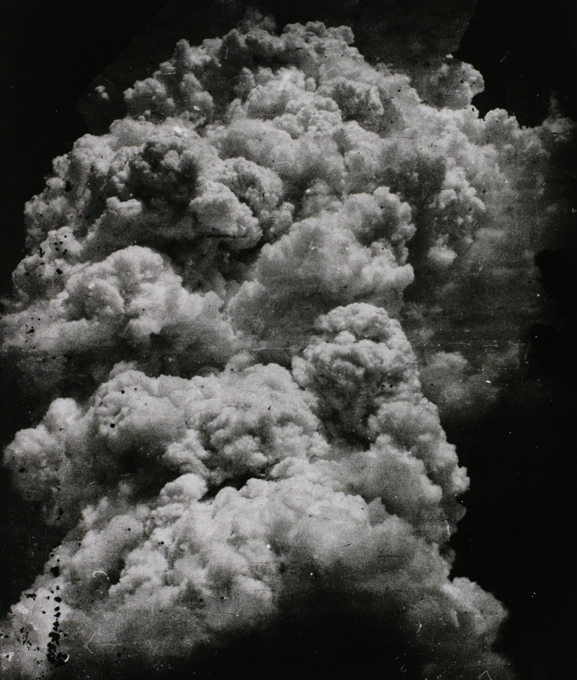 Toshio Fukada The Mushroom Cloud - Less than twenty minutes after the explosion (1) 1945  Tokyo Metropolitan Museum of Photography (Tokyo, Japan)