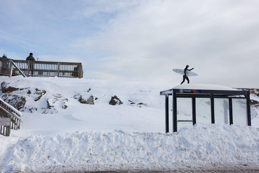 ryan-struck-surfing-snow-4
