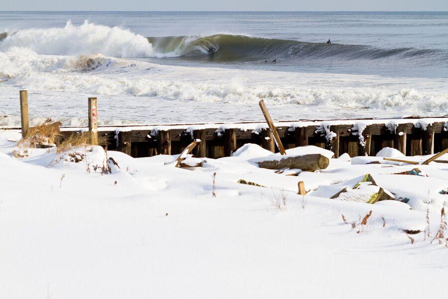 ryan-struck-surfing-snow-9