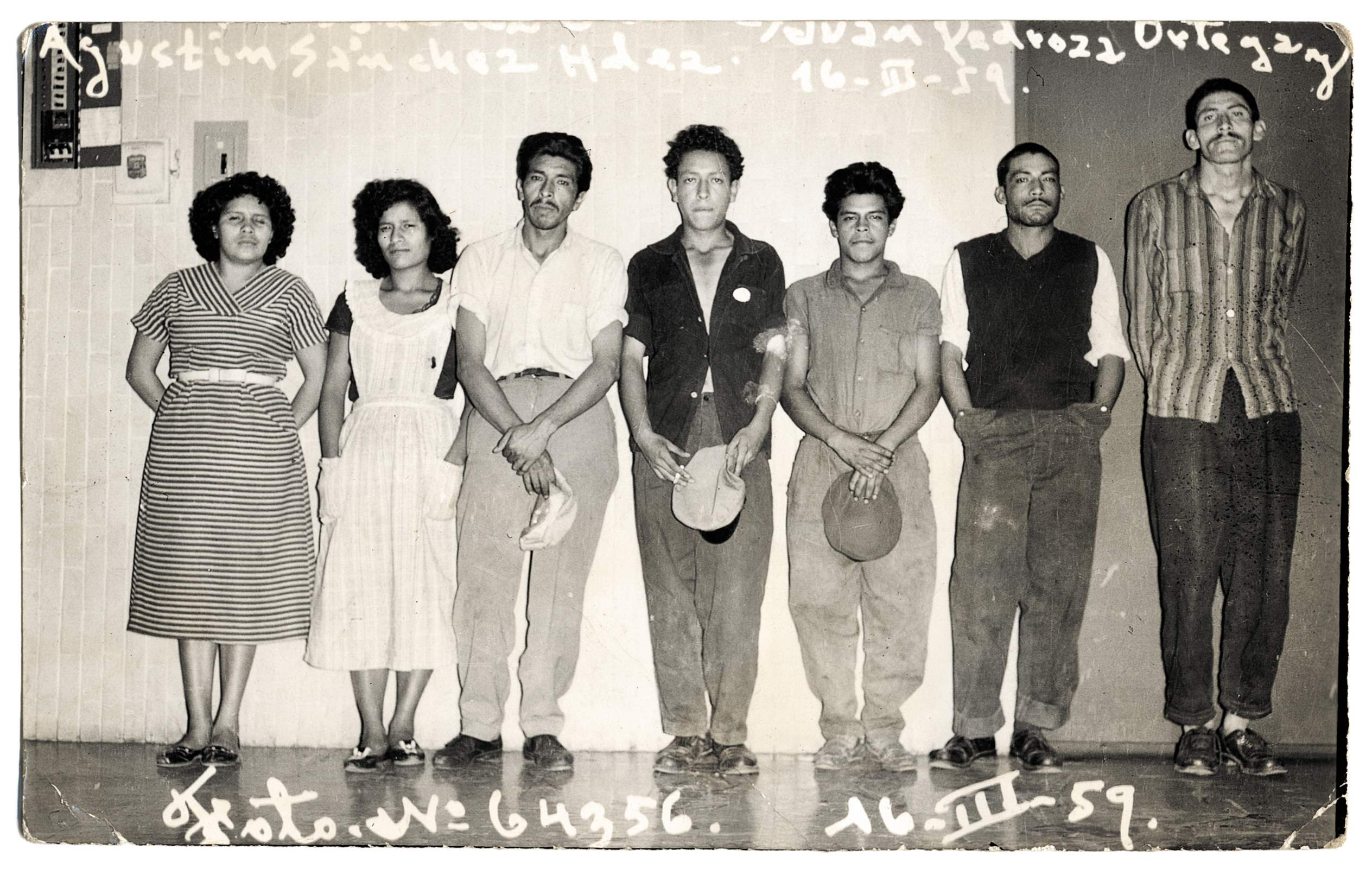 From 'Mexican Crime Photographs from the archive of Stefan Ruiz © Unknown photographer
