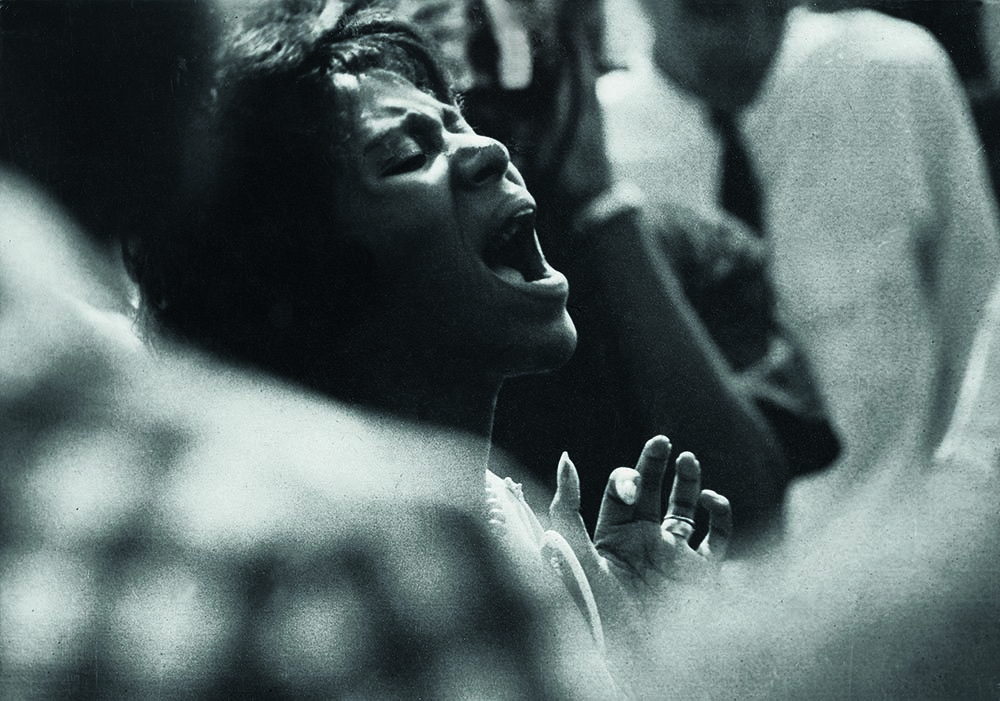 Woman Shouting by Ray Francis (1963); Courtesy Schiffer Publishing.