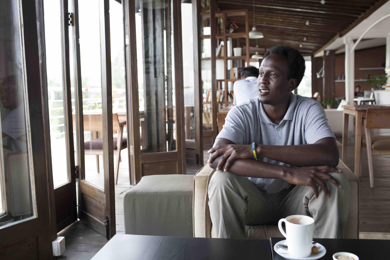 Dayo Ntwari-Tom Maguire-Huck-1