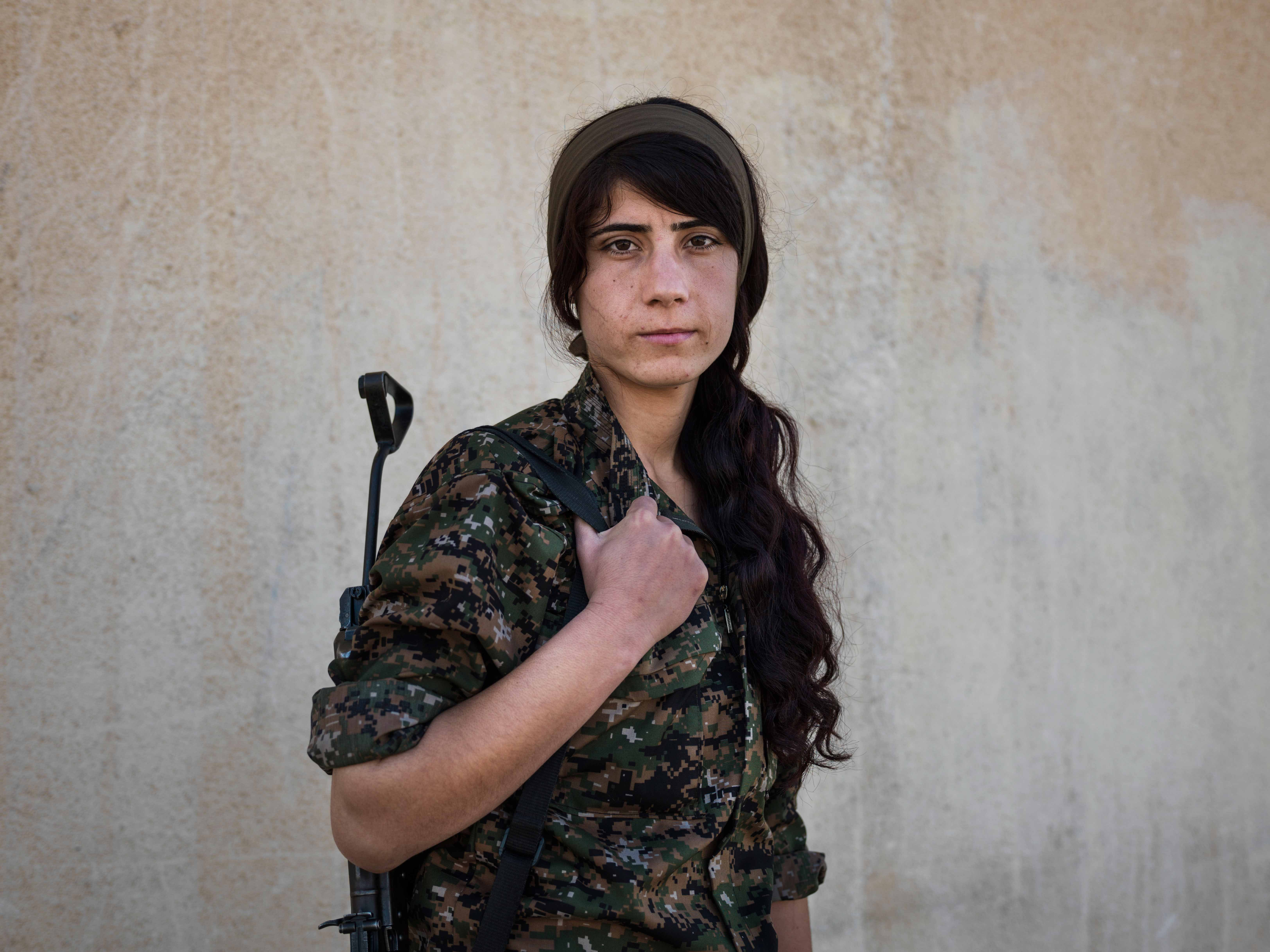 "Suzdar, twenty-one, joined YPJ four years ago. ""When the revolution happened in Rojava, I knew that I wanted to have a role in it."" © Newsha Tavakolian / Magnum Photos"