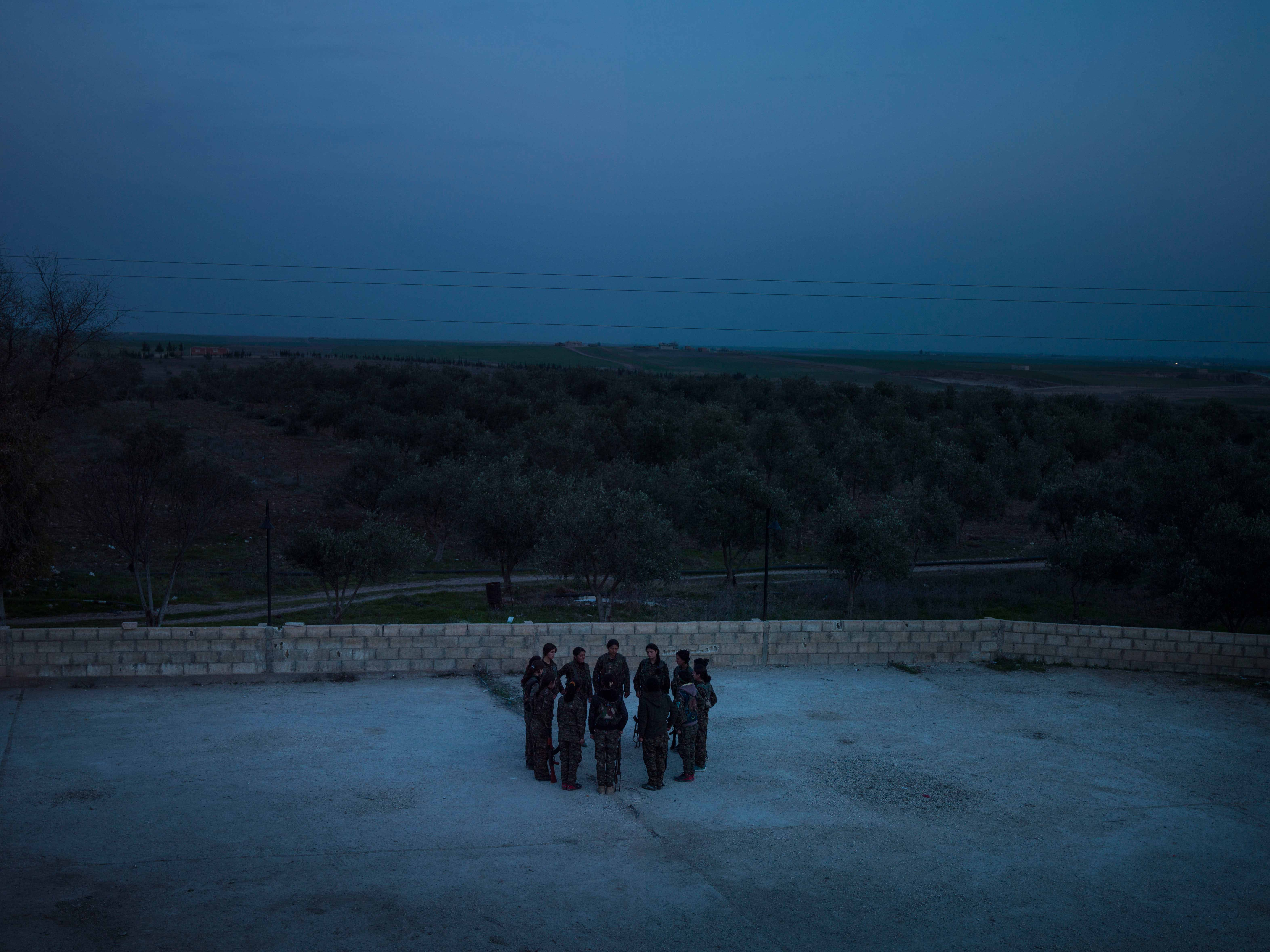 YPJ members during daily training at their base in Serikani. © Newsha Tavakolian / Magnum Photos
