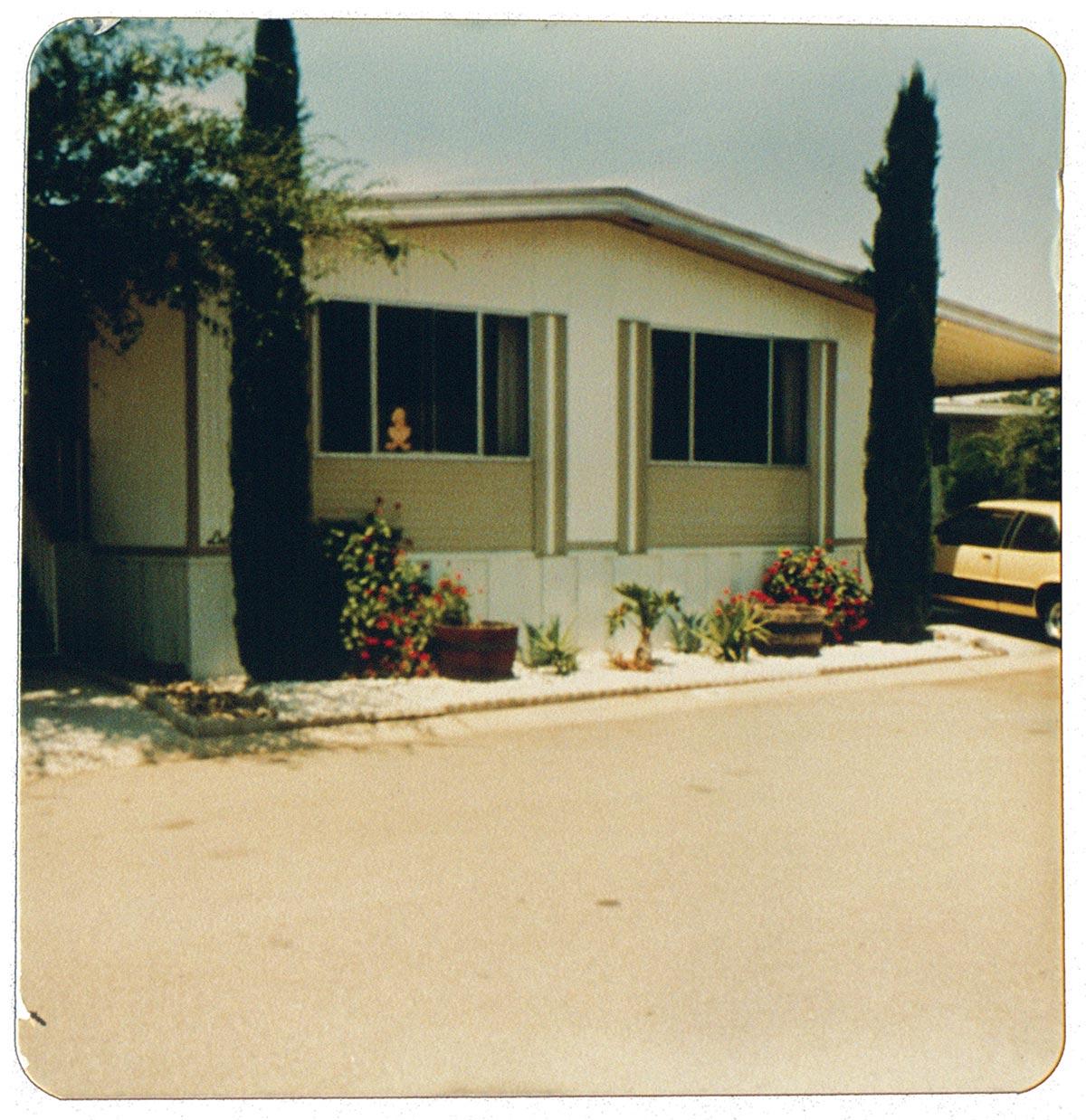 Trailer-park-house