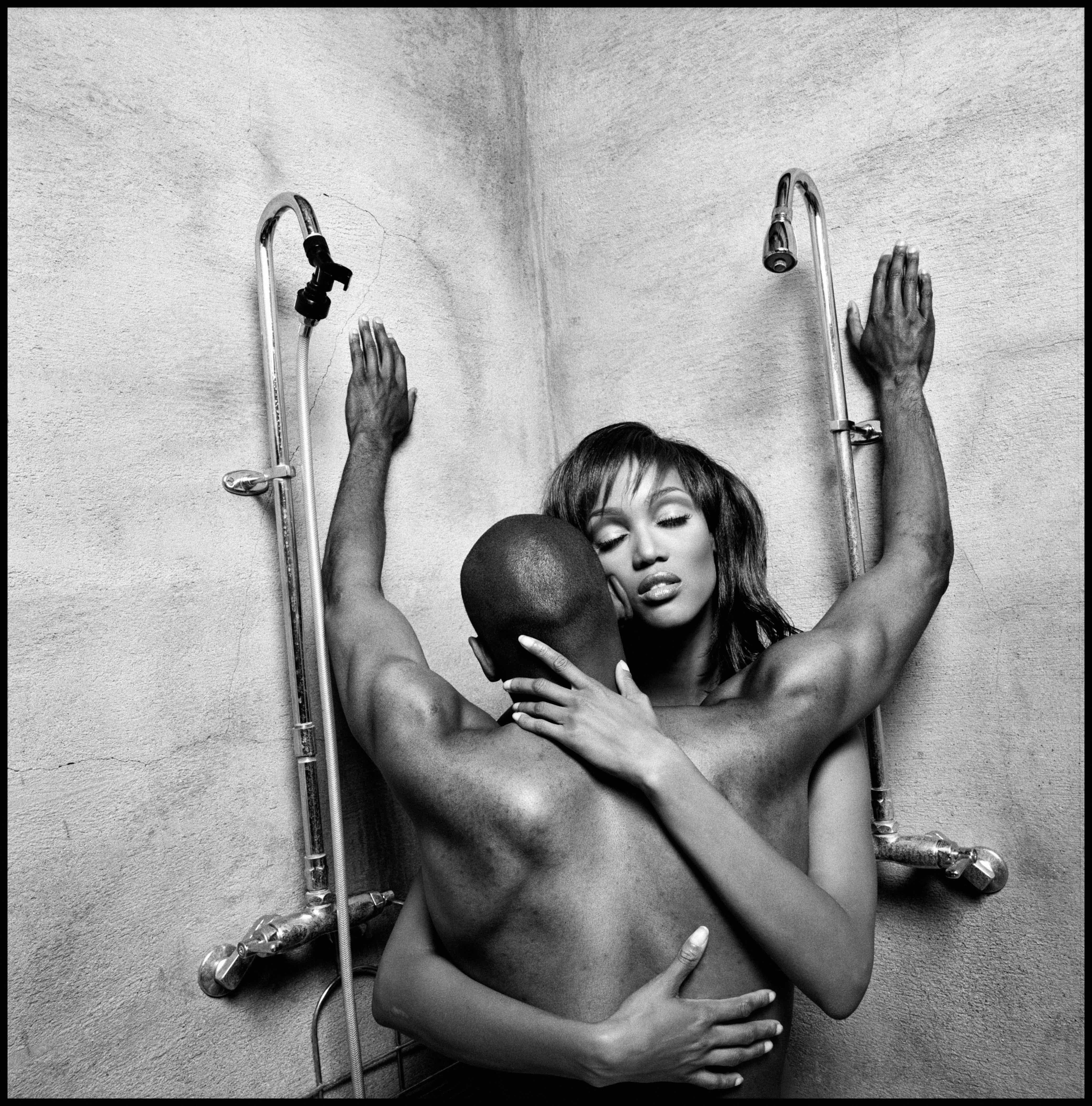 Model and actress Tyra Banks embraces film director John Singleton, 1994 © Eli Reed / Magnum Photos