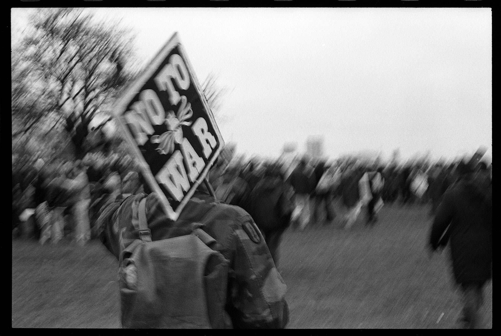 WEB_STW_no-to-war-sign_hyde-park-2003_dannyburrows