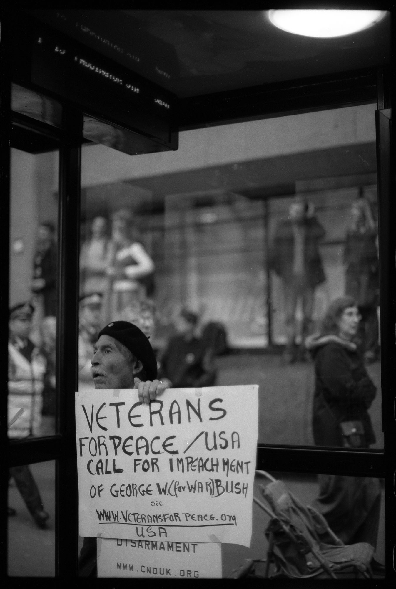 WEB_STW_vietnam-vets-against-the-war-feb-2003_dannyburrows
