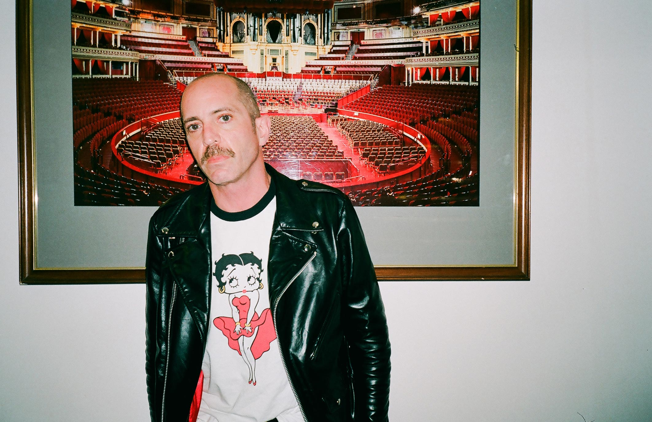 Matt Sweeney at the Royal Albert Hall in London. Photo by Steven T. Hanley.