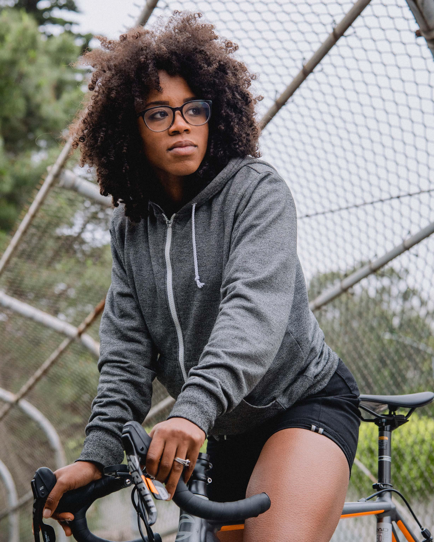 Ayesha-McGowan-Levi's-Commuter-Damien-Maloney-Huck-1