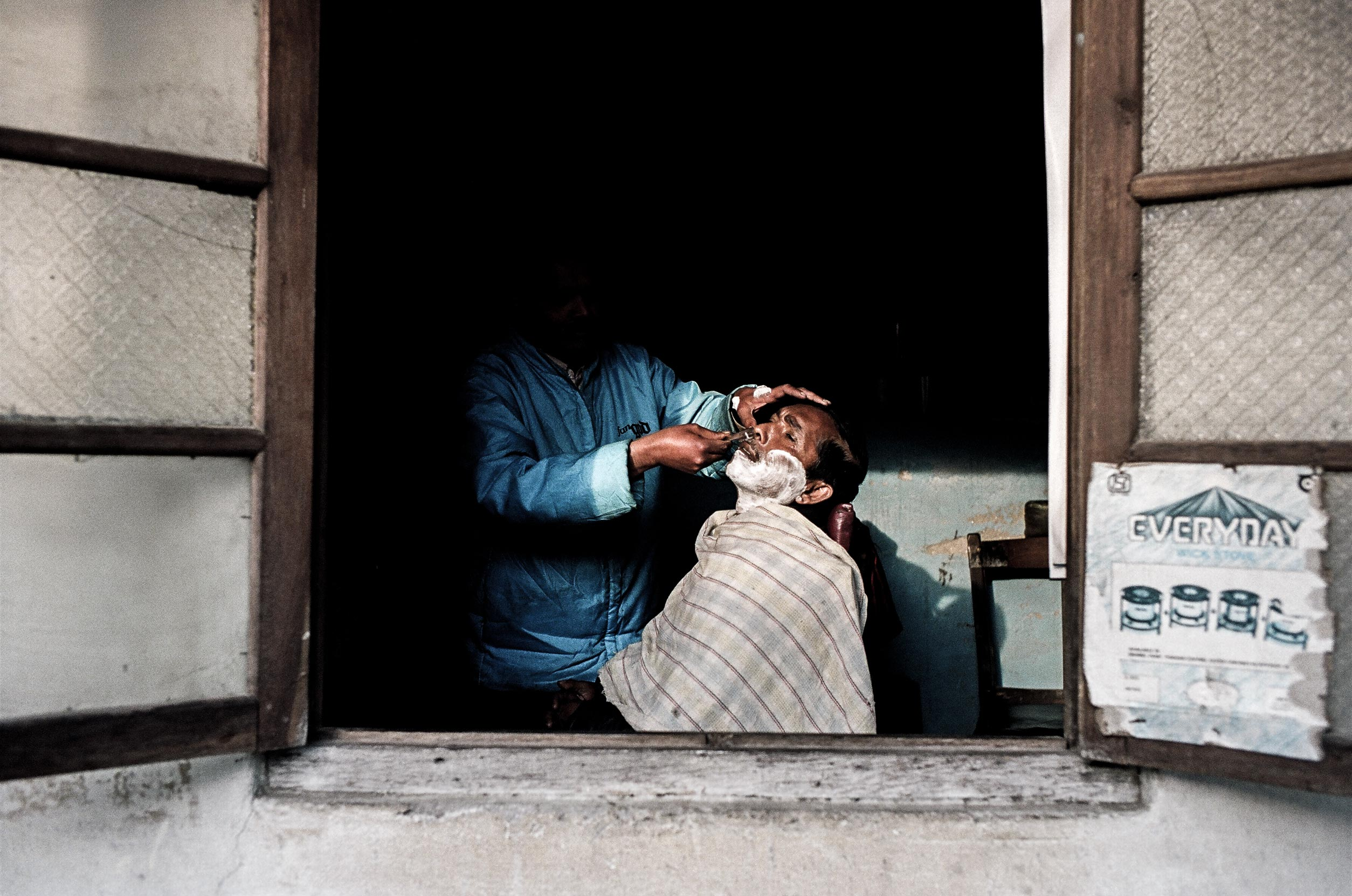 Daniel_Zvereff-india-shave-78380014