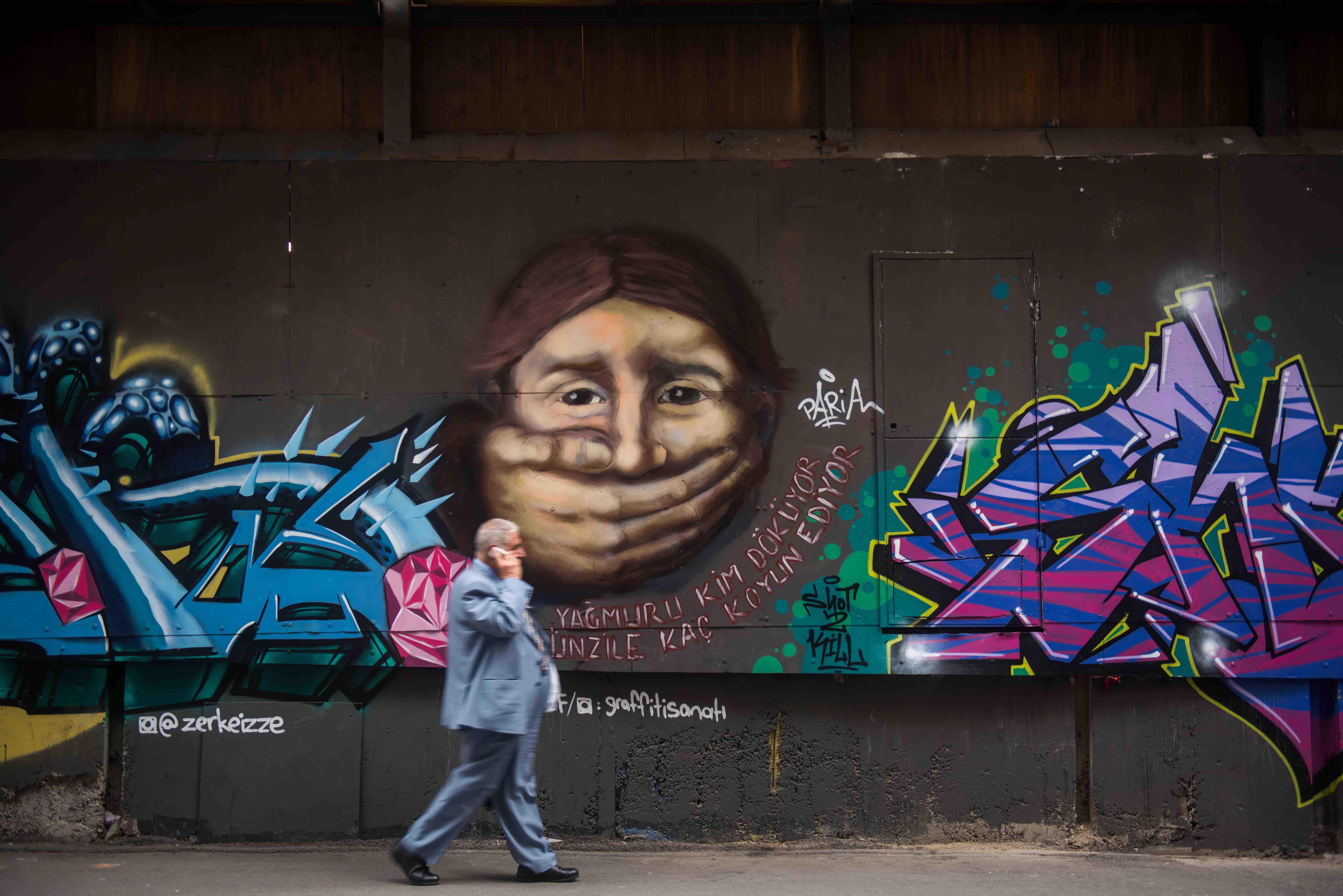 Istanbul graffiti 3