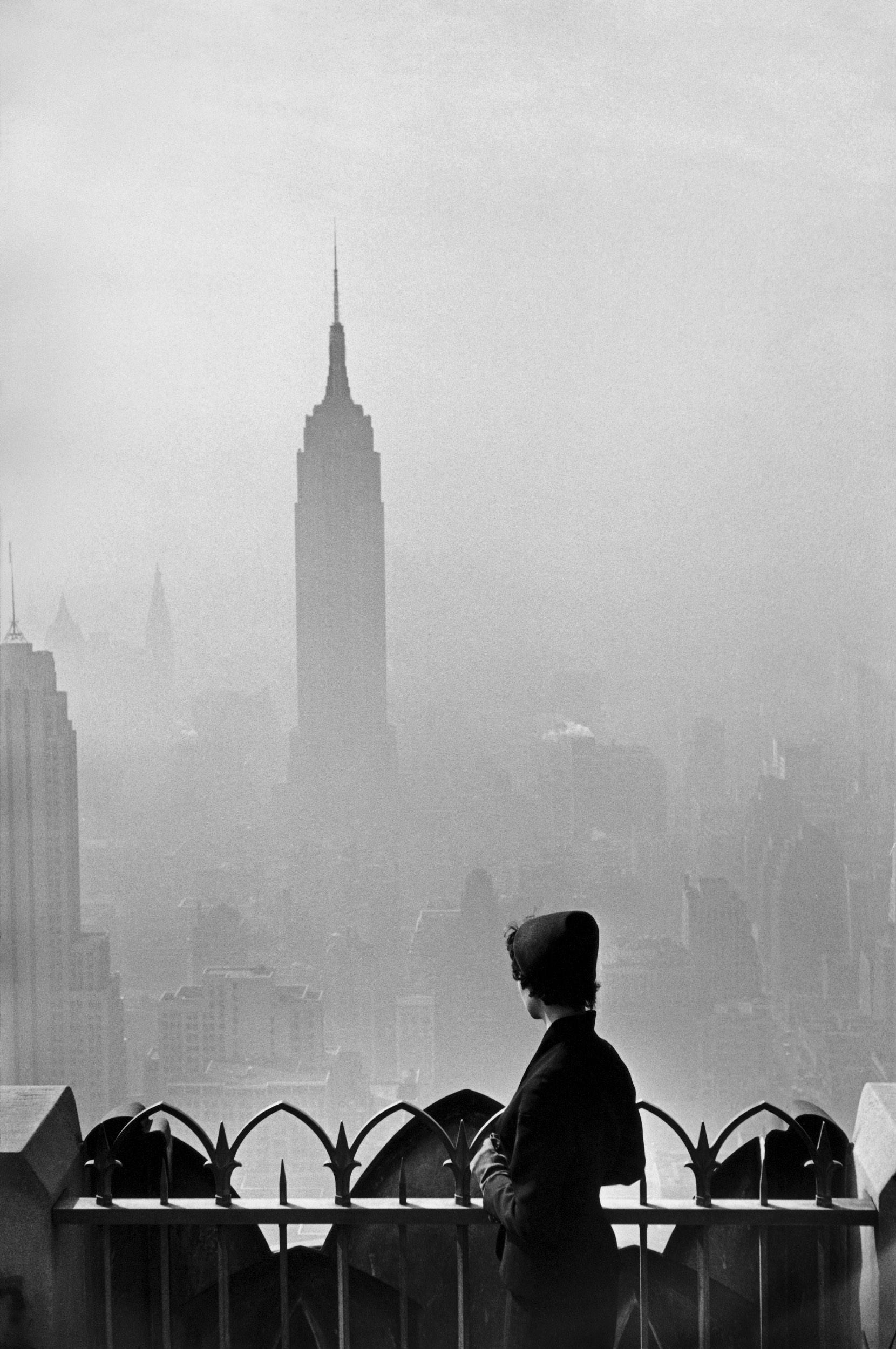 USA. New York. 1955. Photo by Elliott Erwitt.