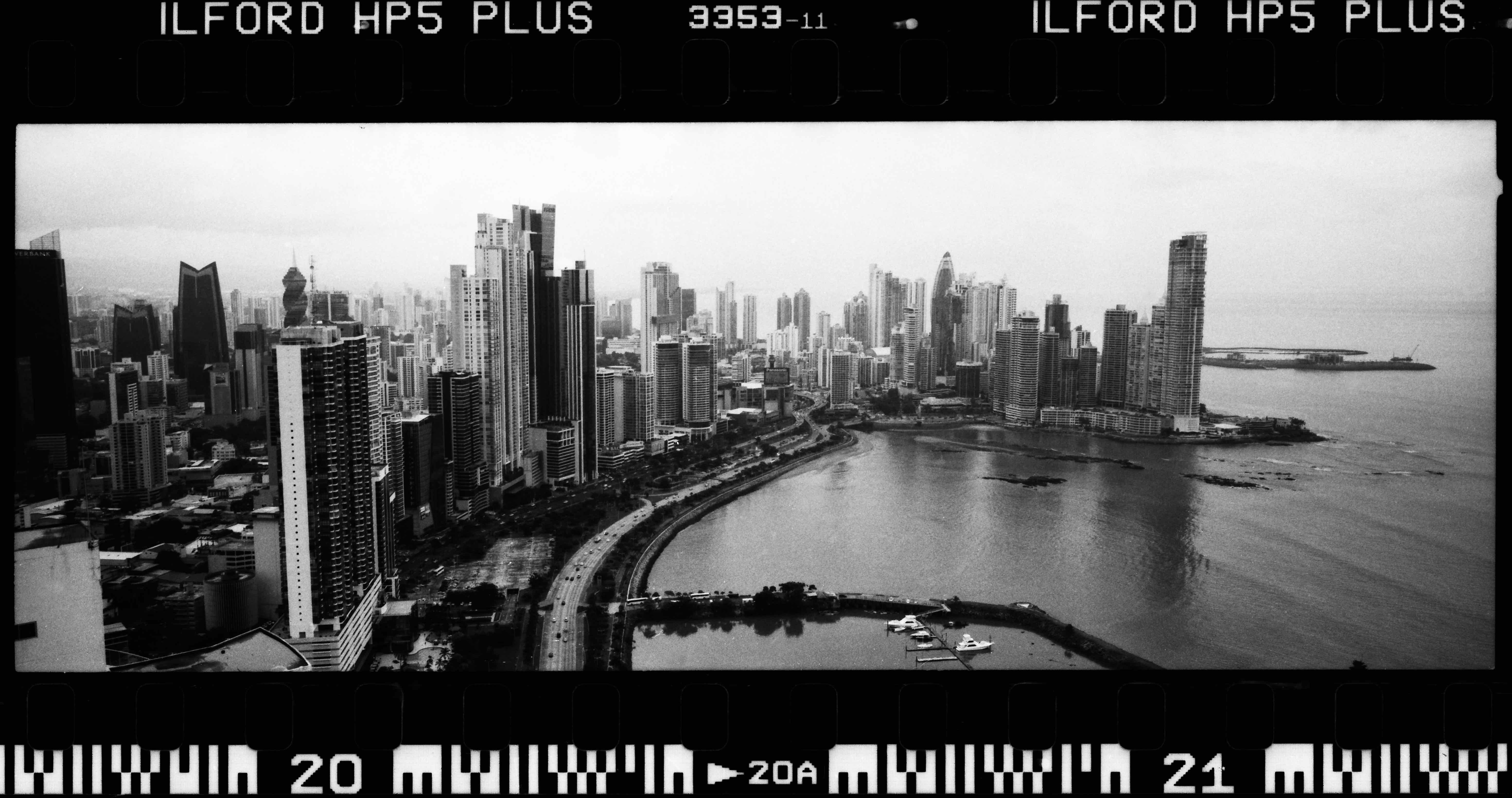 Rafael Gonzalez 01 - Panama city