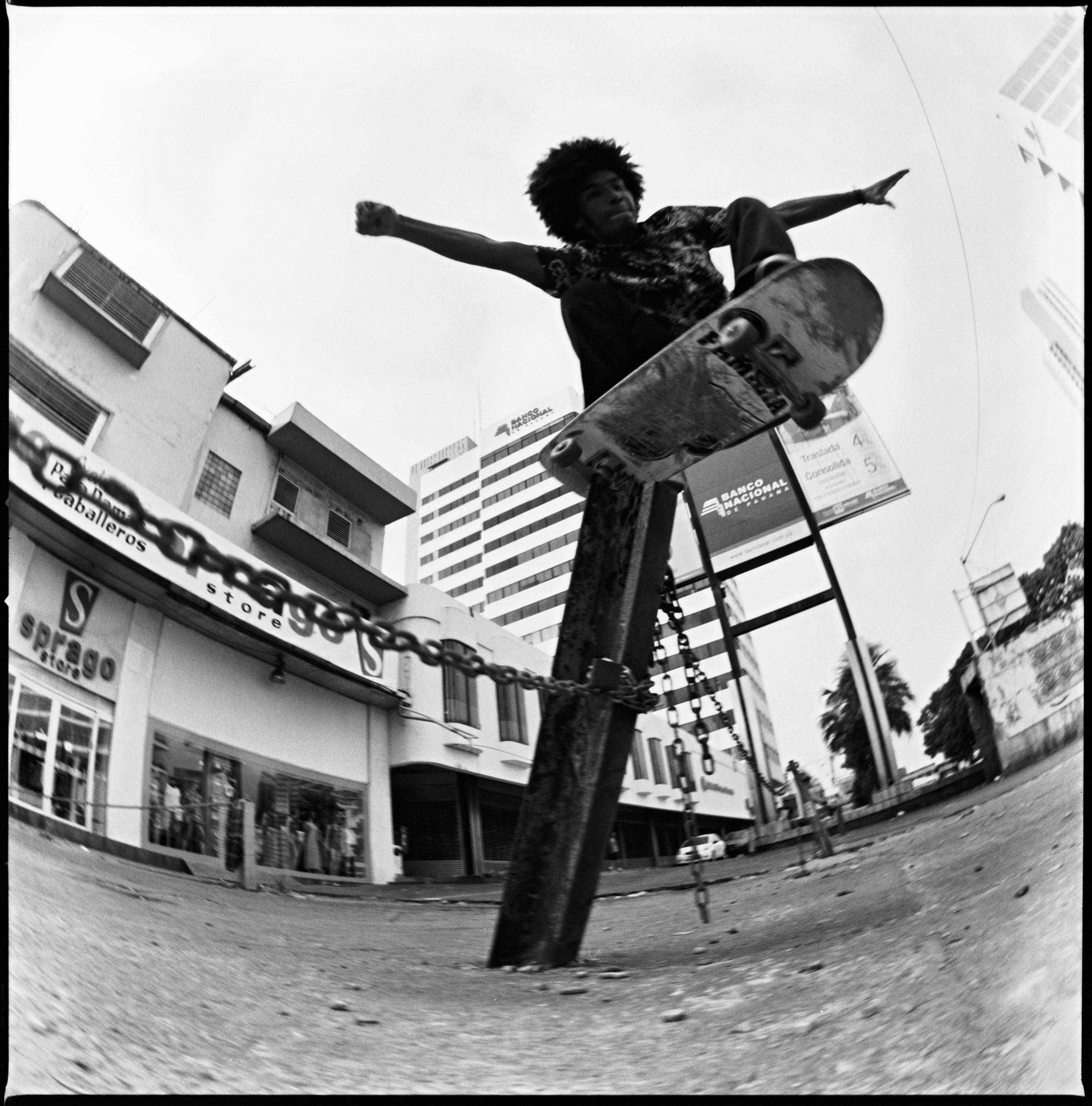 Rafael Gonzalez 09 - Saul Silgado - Polejam