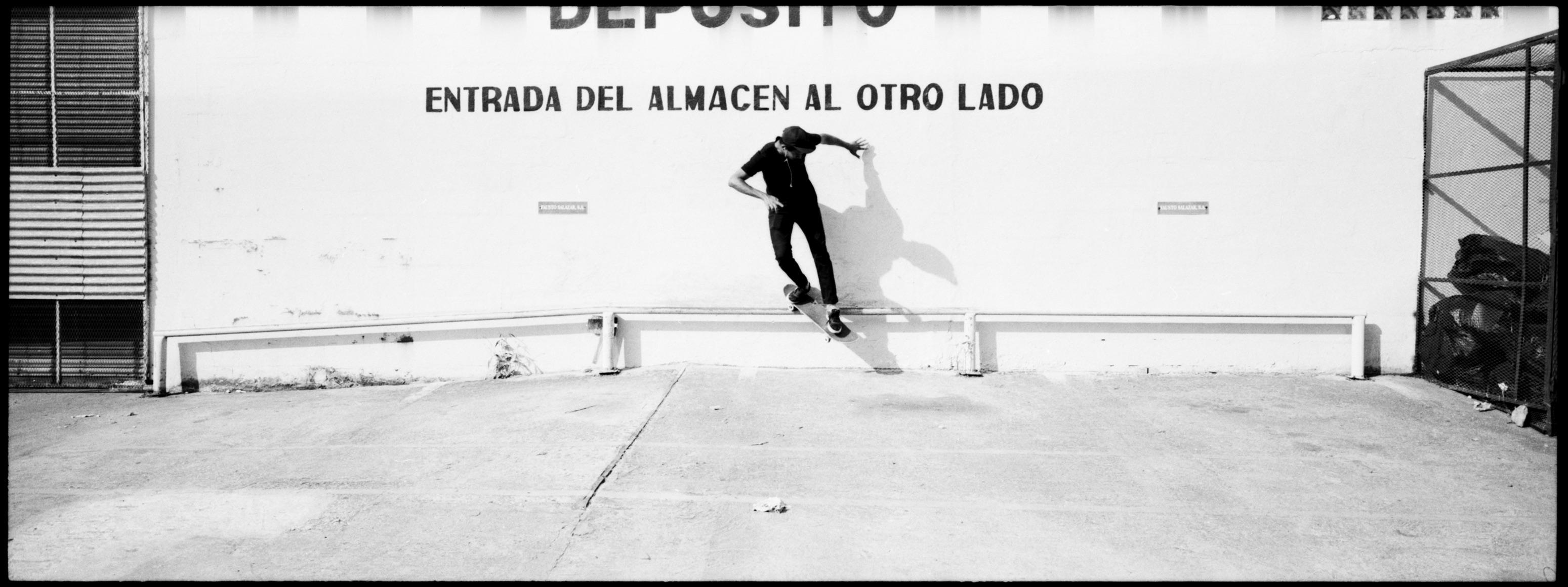 Rafael Gonzalez 12 - Andres Sanders - Backside Smith 1