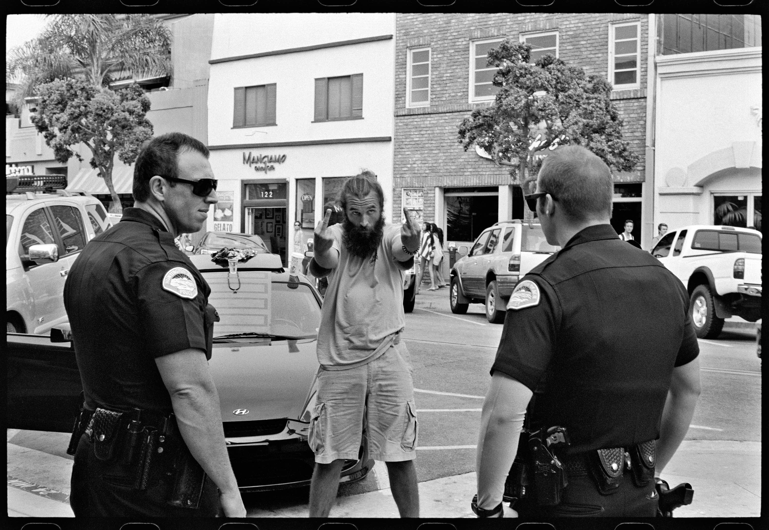Ed_Templeton_Flip_Off_cops