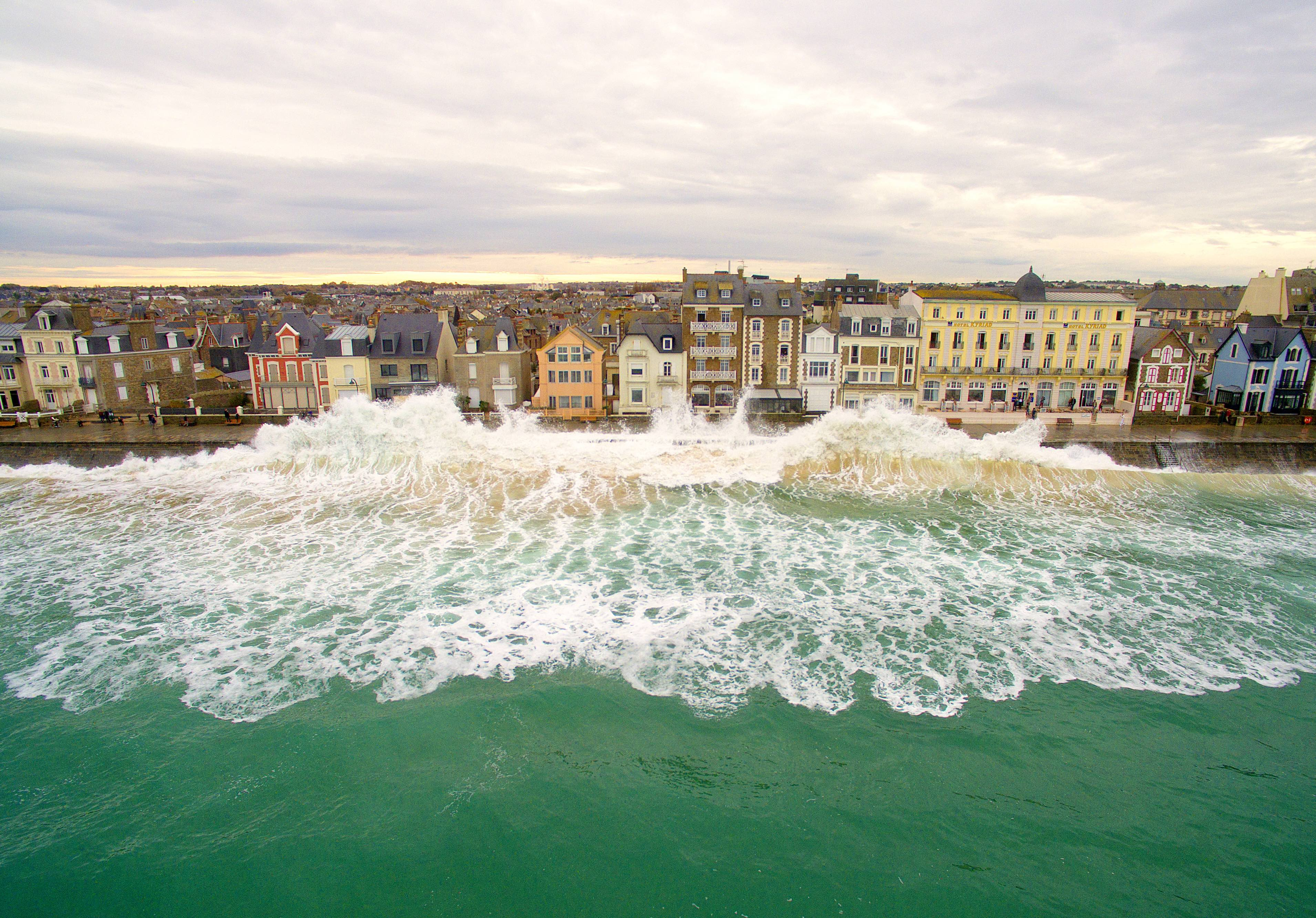 Saint-Malo, France By Easy Ride