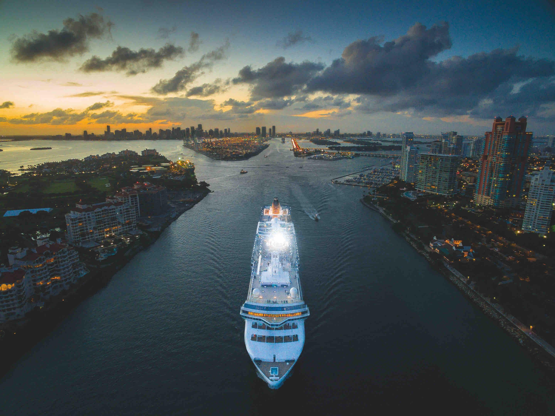 Miami, USA By iMaerial_com