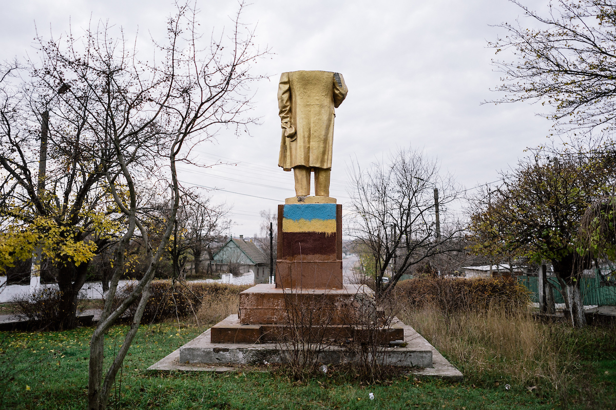 A decapitated Lenin statue in Chabo. Chabo, Odessa region, 21 nov 2015