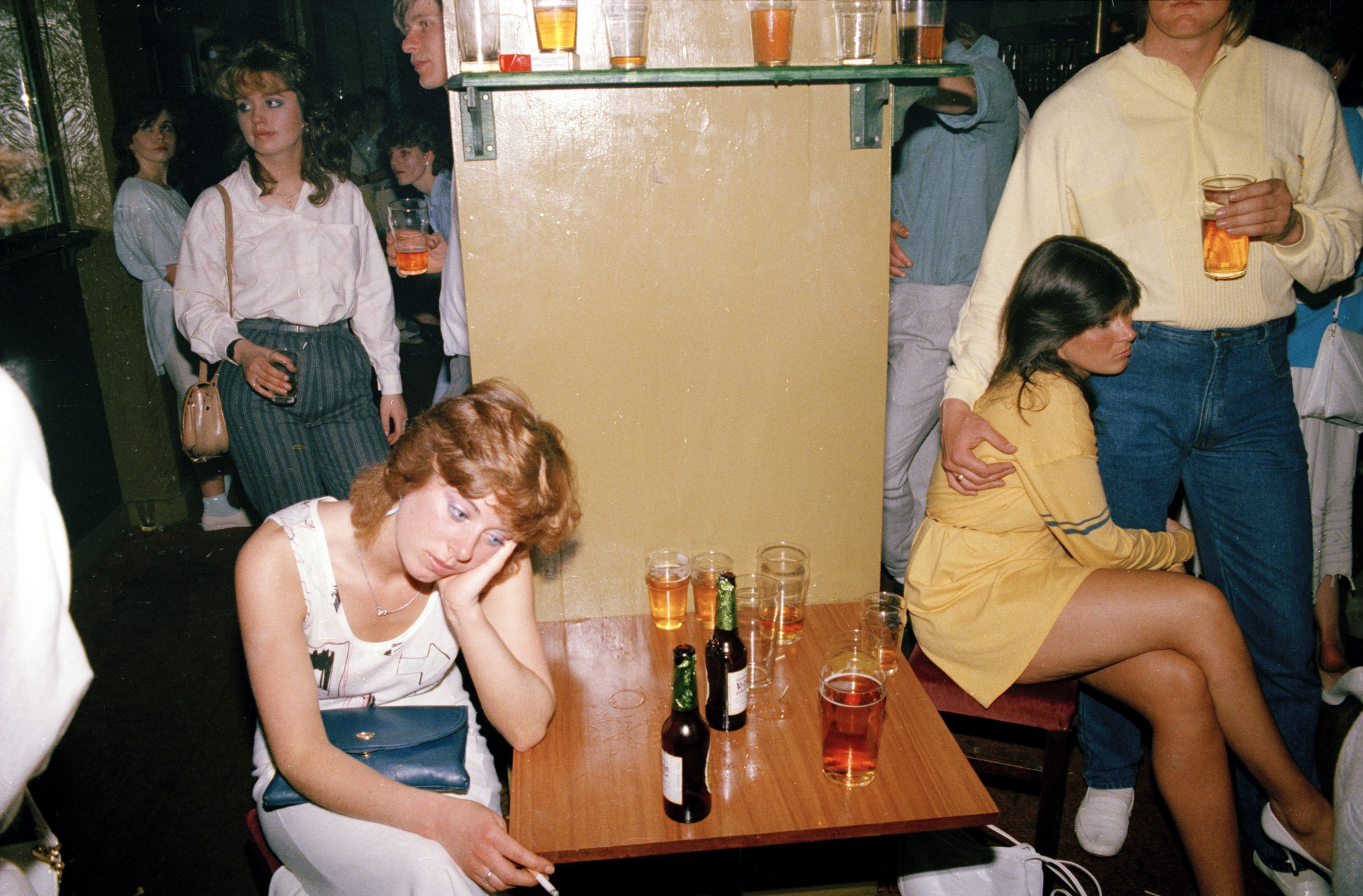 Tired drink picture, 1986 from the series 'Looking for love' © Tom Wood