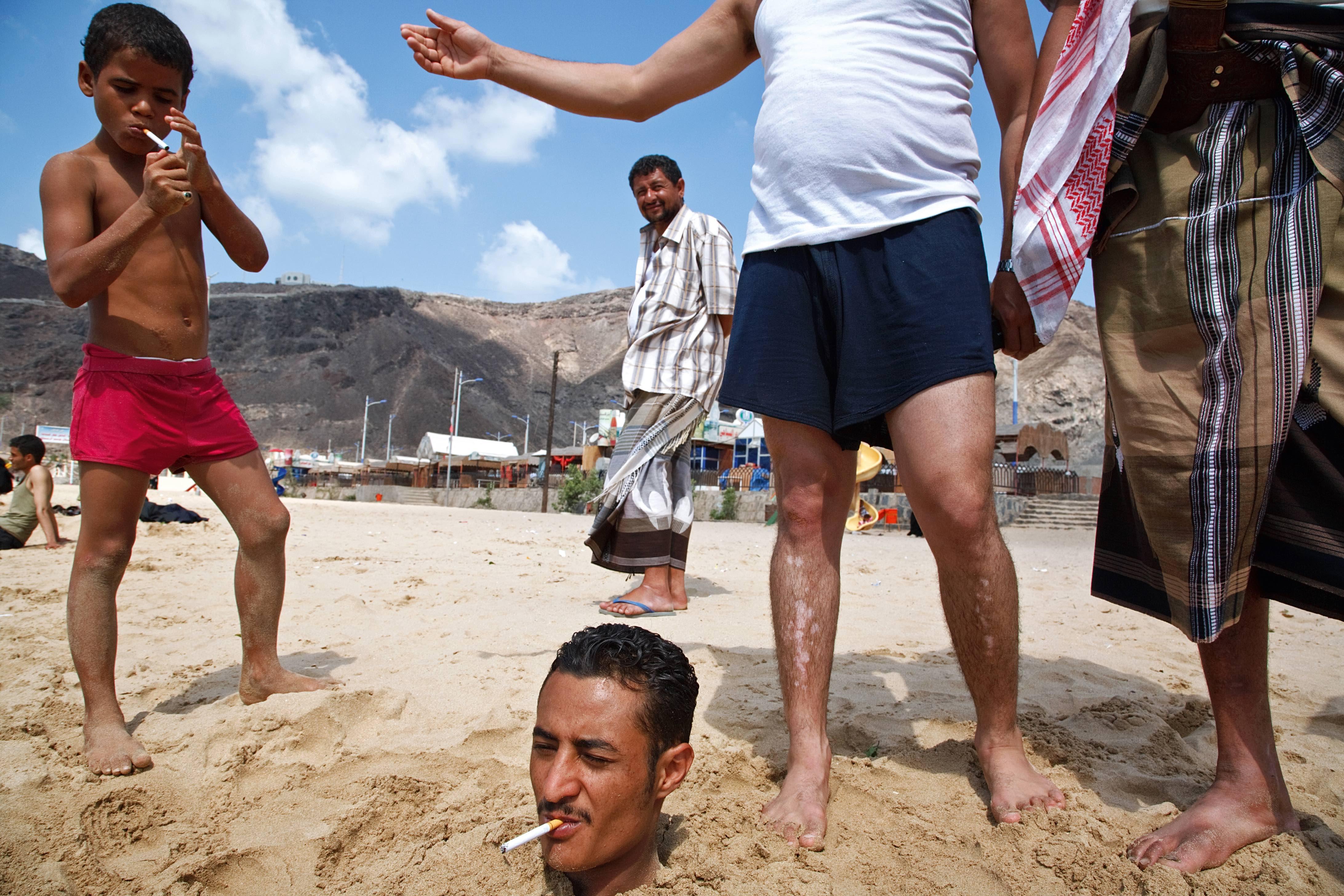 Maciej Dakowicz, Aden, Yemen 2007. Courtesy of Maciej Dakowicz.