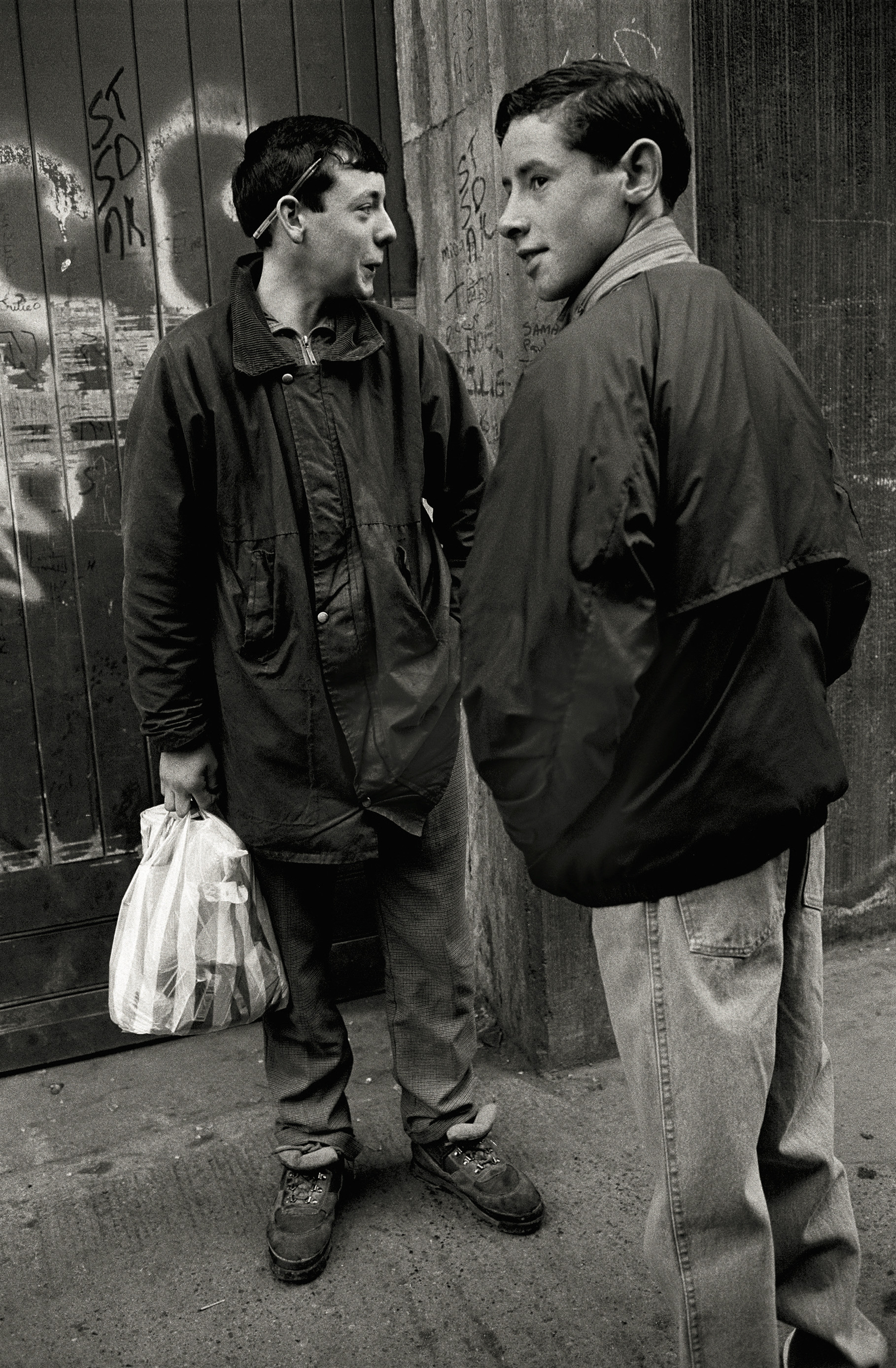 Dublin, 1991 © Krass Clement courtesy RRB PhotoBooks