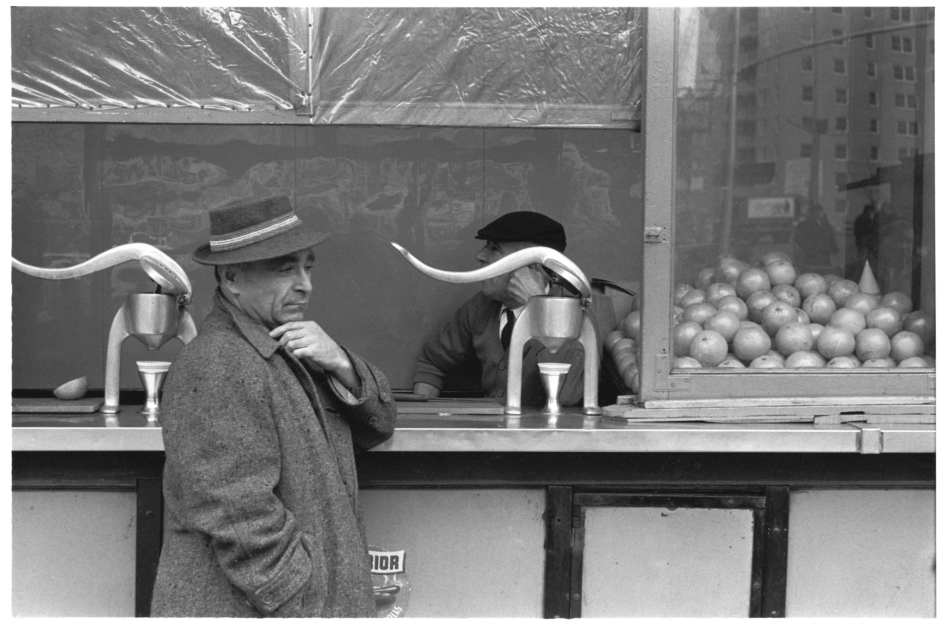 Orange juice stand, 1960