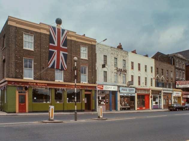 CommercialRoad_1969_credit_DavidGranick_Courtesyof_Tower Hamlets Local History Library & Archives (1)