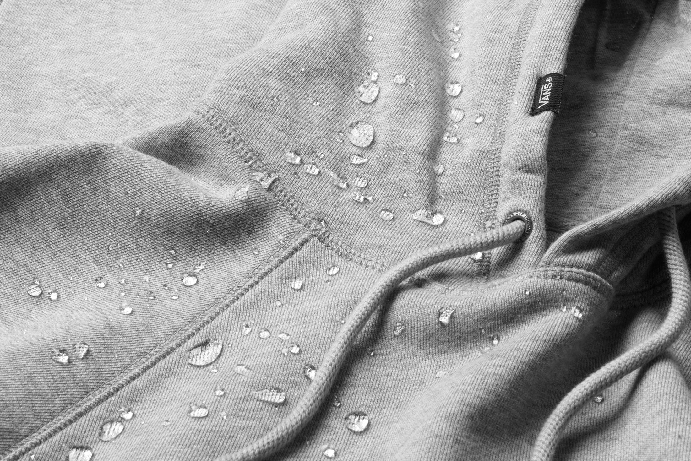 a271fea3d3 SP18 VN0A3H5M02F VERSA HOODIE FABRIC DETAIL WATER DROPLETS MACRO-HEAVY copy
