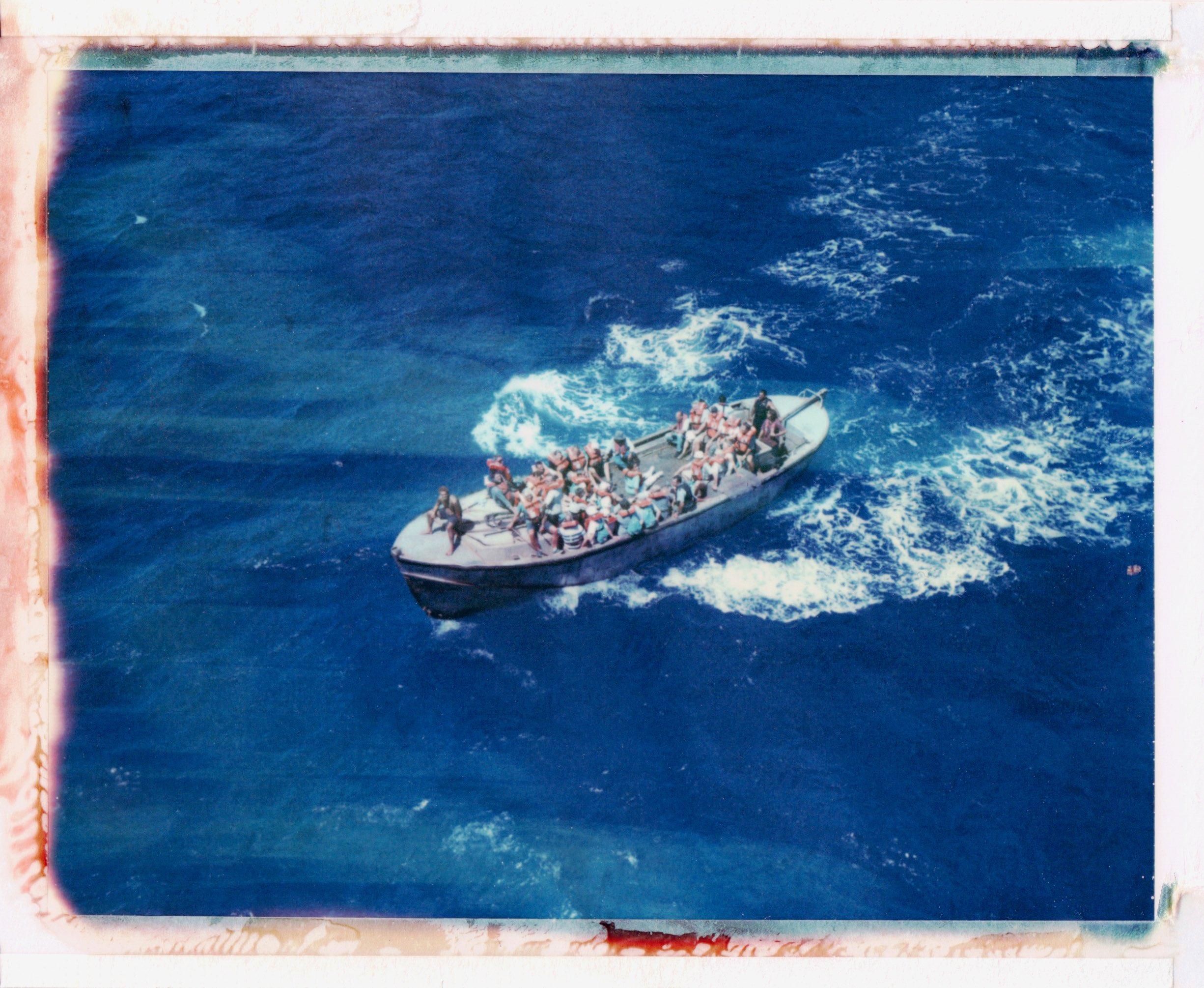 """Longboat """"Moss"""", Pitcairn © Rhiannon Adam"""