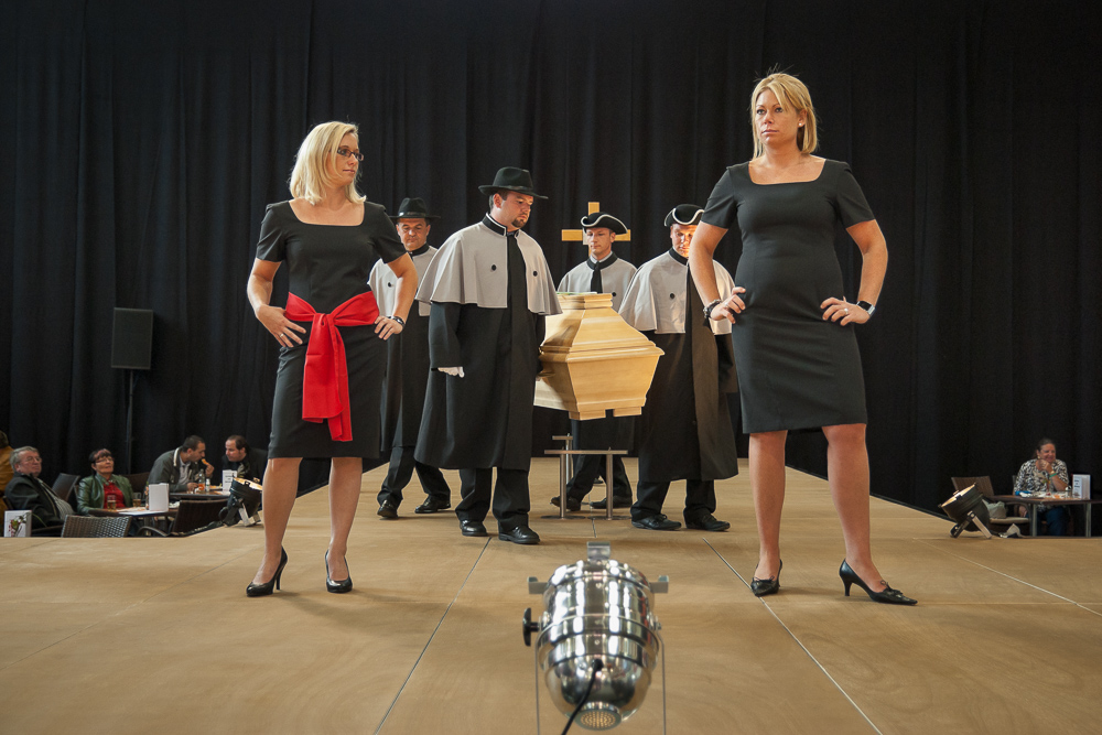 Funeral Fair - Undertakers' fashion show