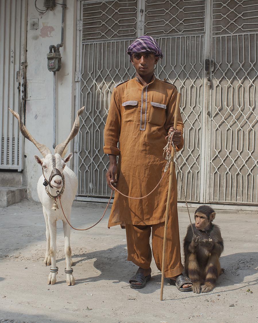 Animal entertainer © Mahtab Hussain