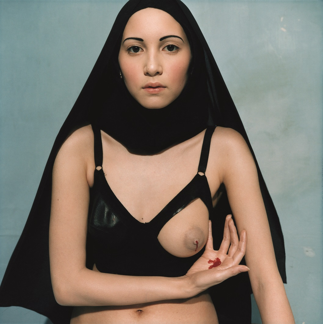 Le lait miraculeux de la Vierge by Bettina Rheims, 1997 © Bettina RheimsCourtesy of Galerie Xippas