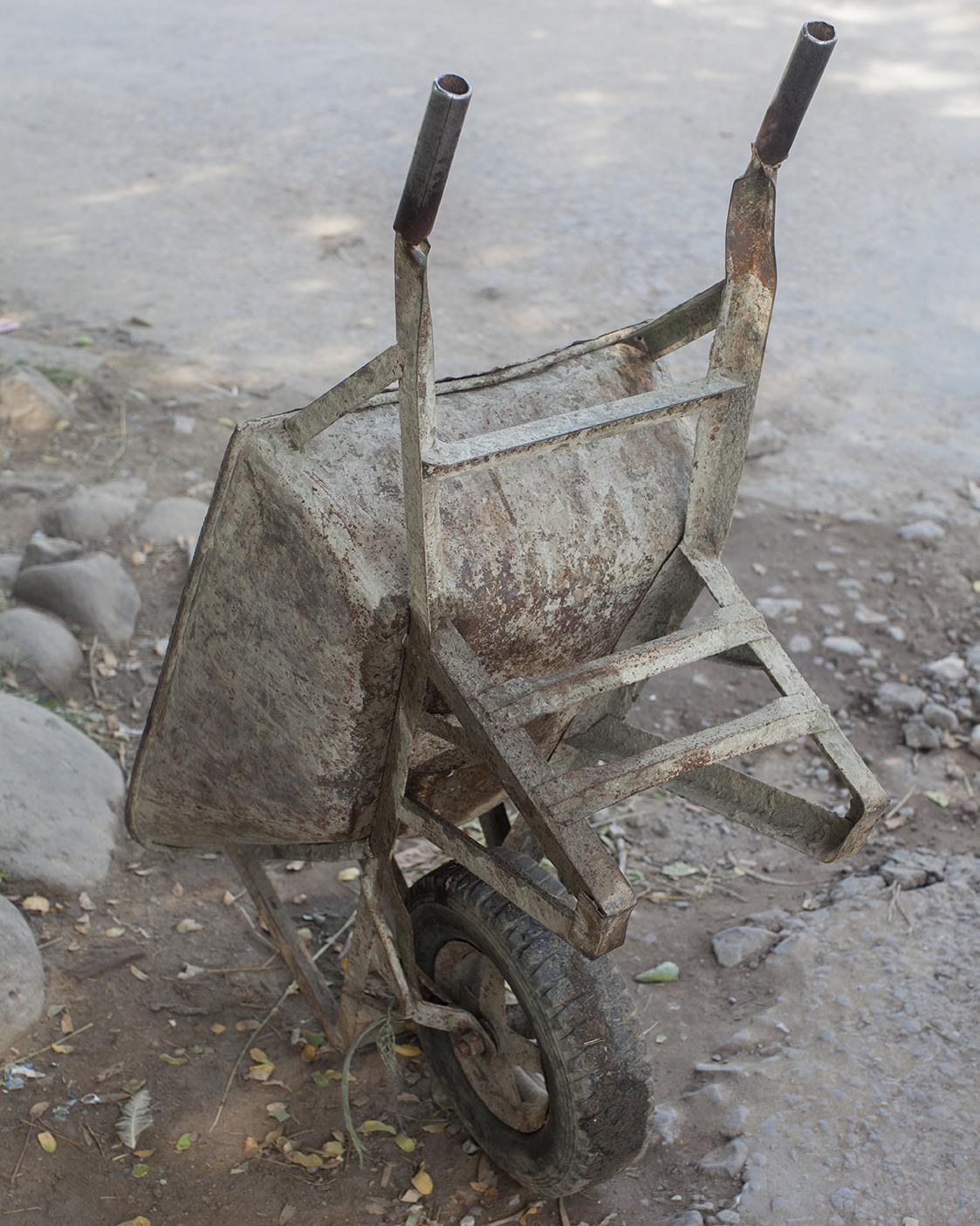 Wheel barrel © Mahtab Hussain