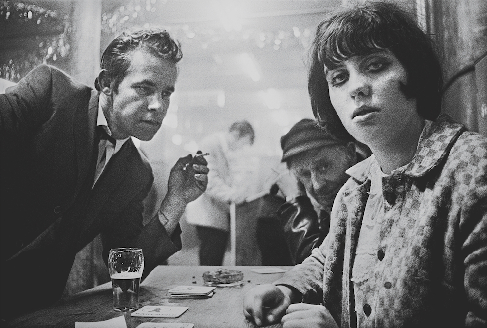 Café Lehmitz by Anders Petersen, 1967 – 1970 © Anders Petersen / Courtesy of Jean-Kenta Cauthier