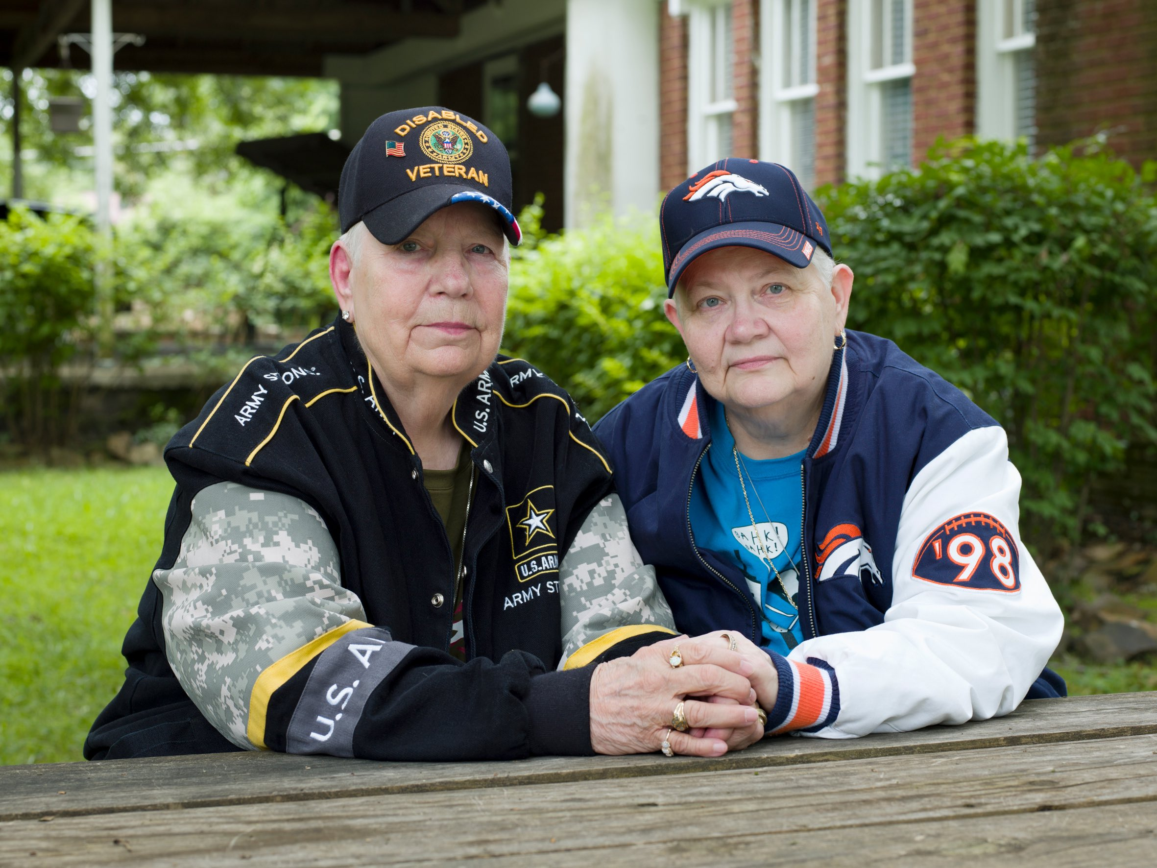2_Hank, 76, and Samm, 67, North Little Rock, AR, 2015 © Jess T. Dugan