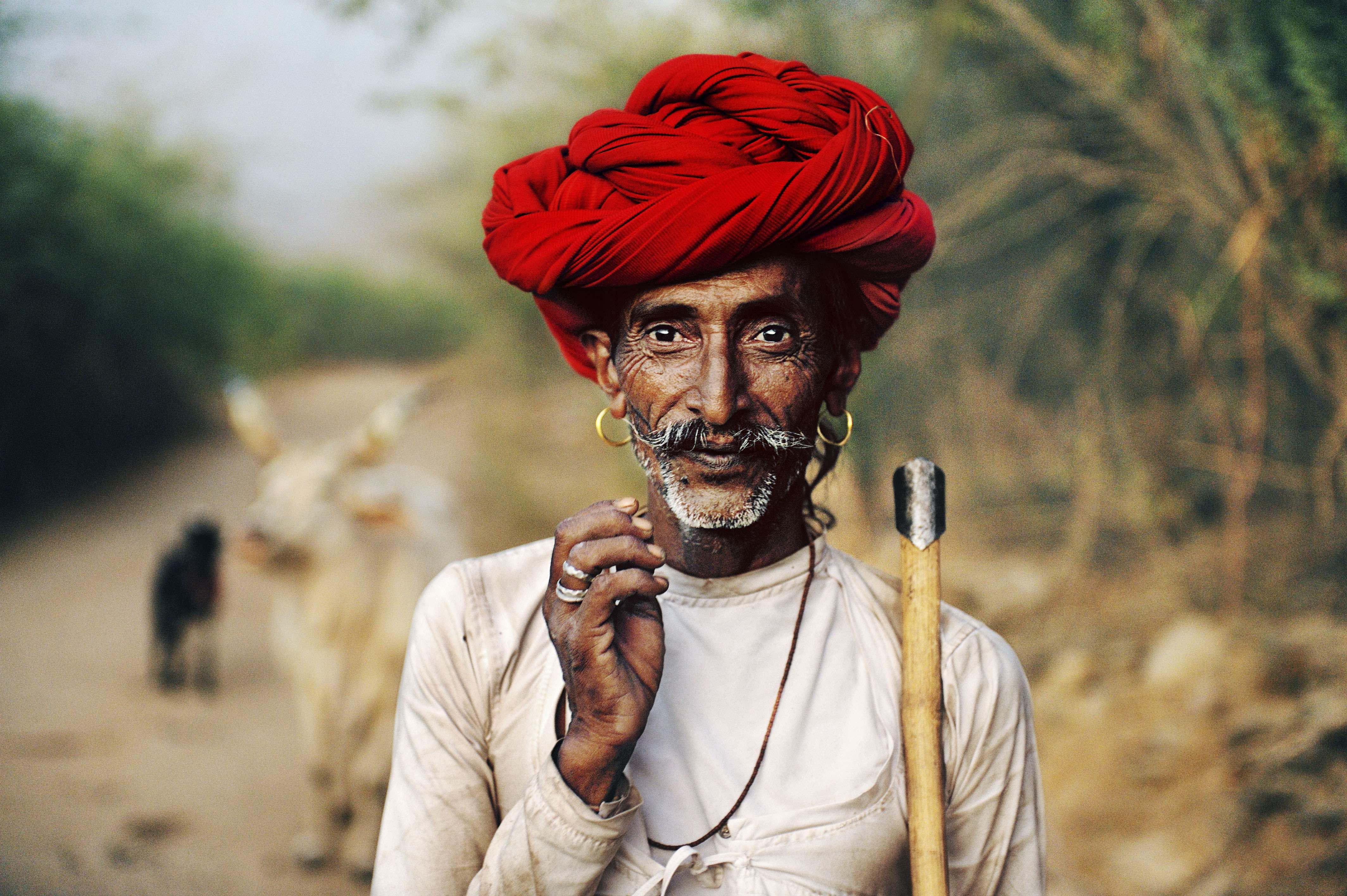 Rabari shepherd. Rajasthan, India. 2009 © Steve McCurry / Magnum Photos