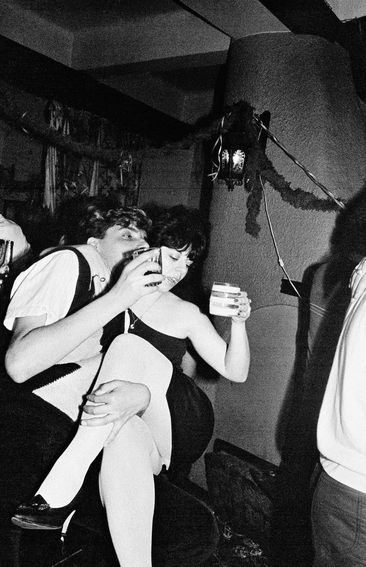 Libuše Jarcovjáková, T-Club, Prague, 1980s. Courtesy the artist nan goldin